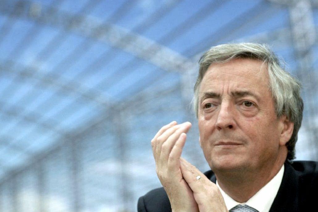 UIF pide congelar los bienes de sucesión de Kirchner