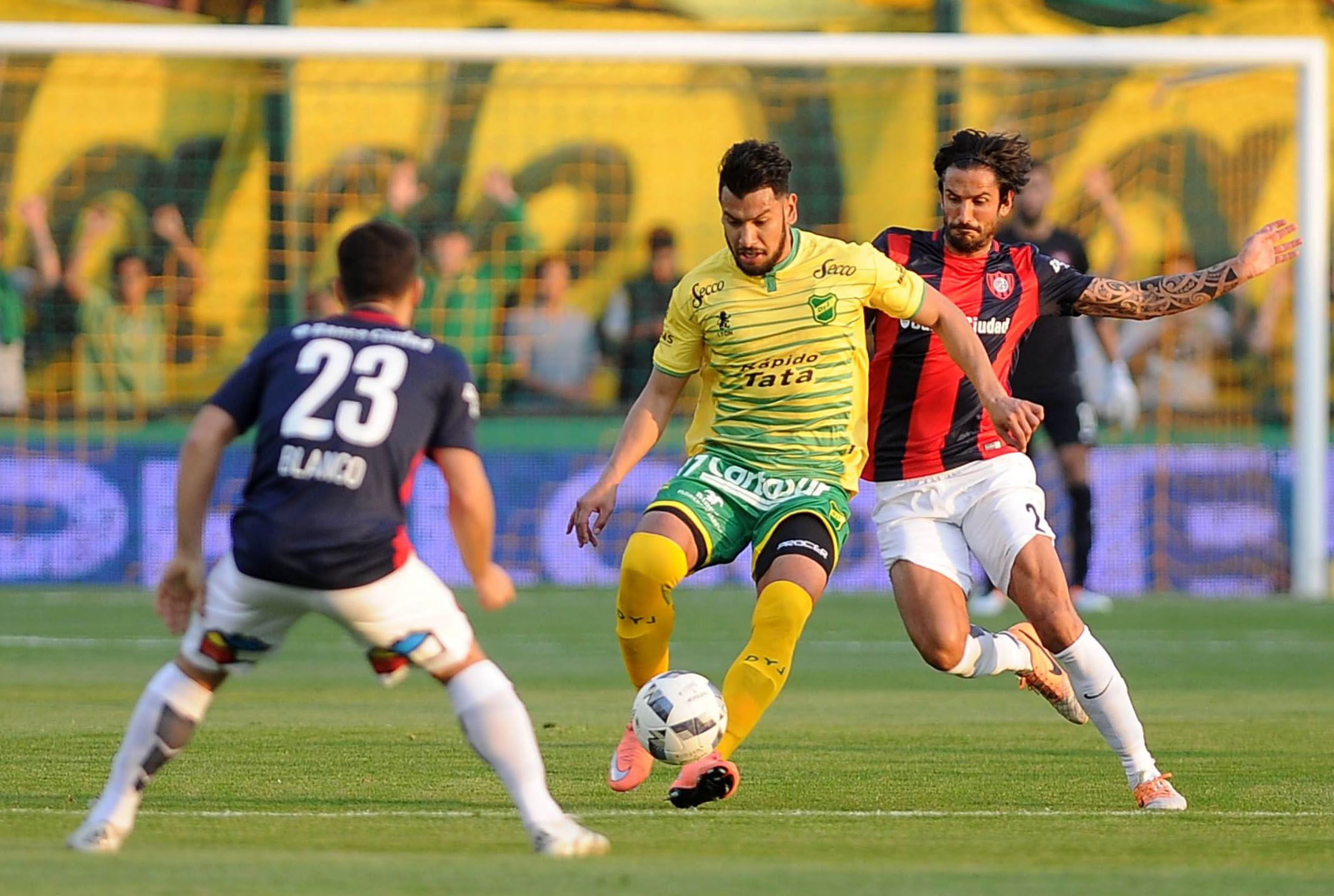 San Lorenzo venció a Defensa y Justicia en un partido muy entretenido