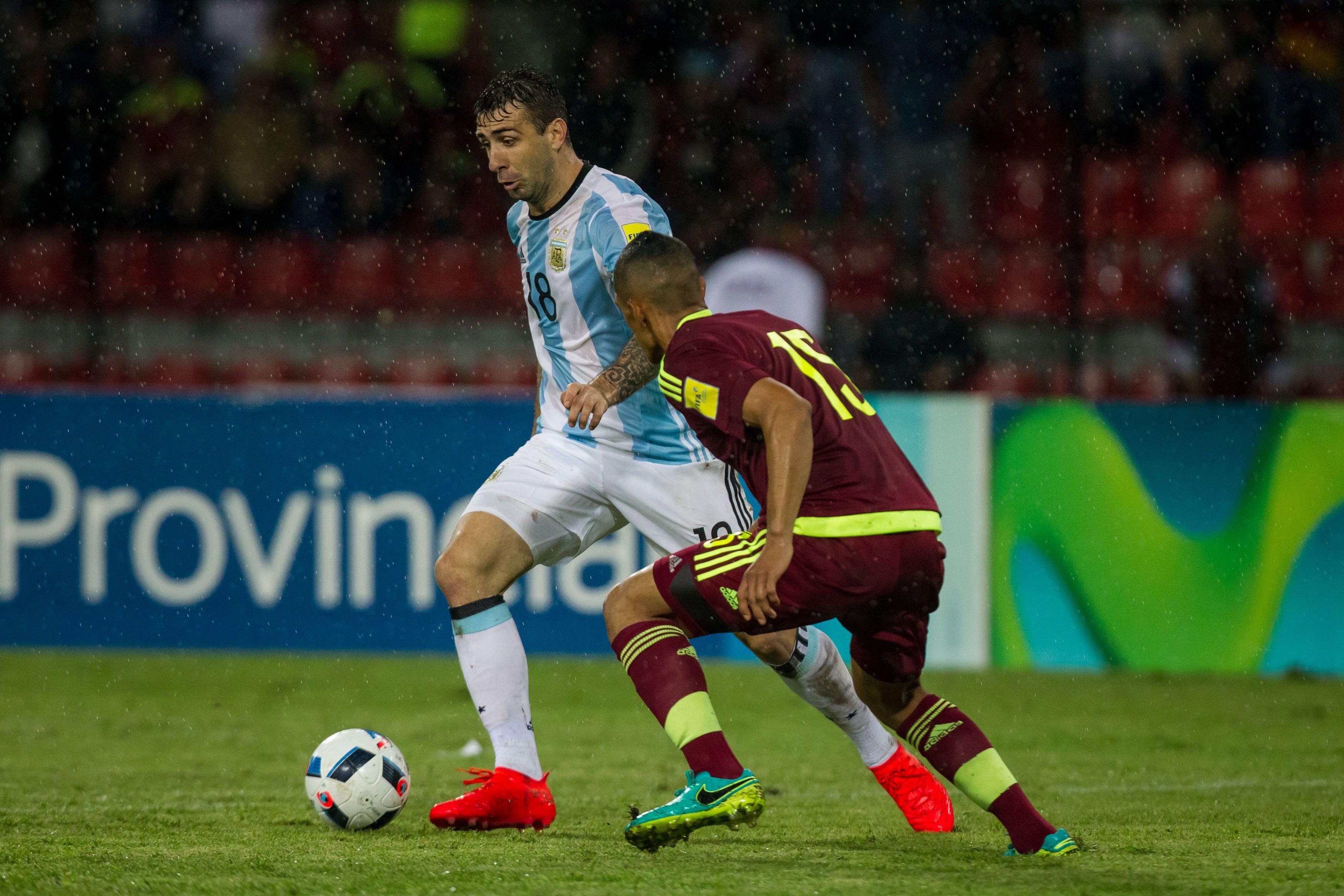 Argentina perdía ante Venezuela y rescató un punto como visitante