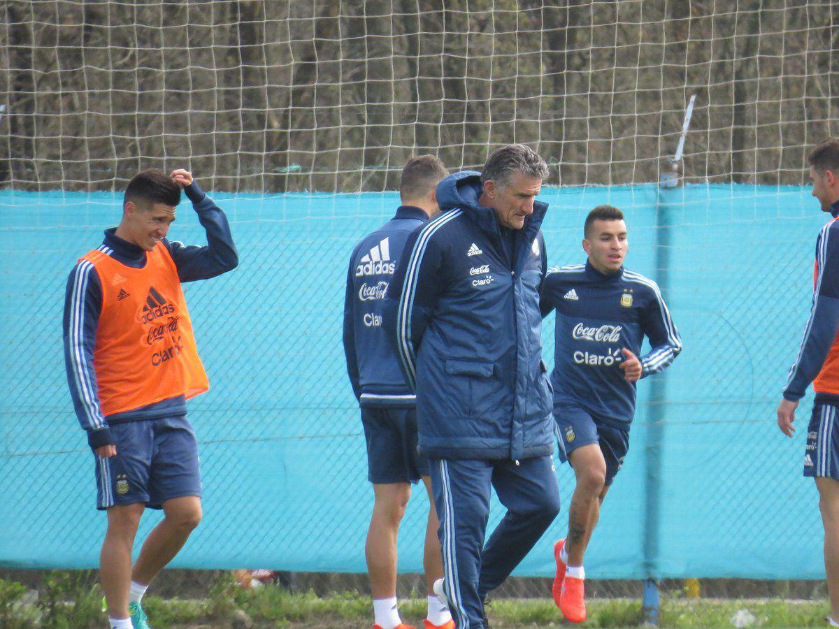 Bauza probó con Lamela para reemplazar a Messi ante Venezuela