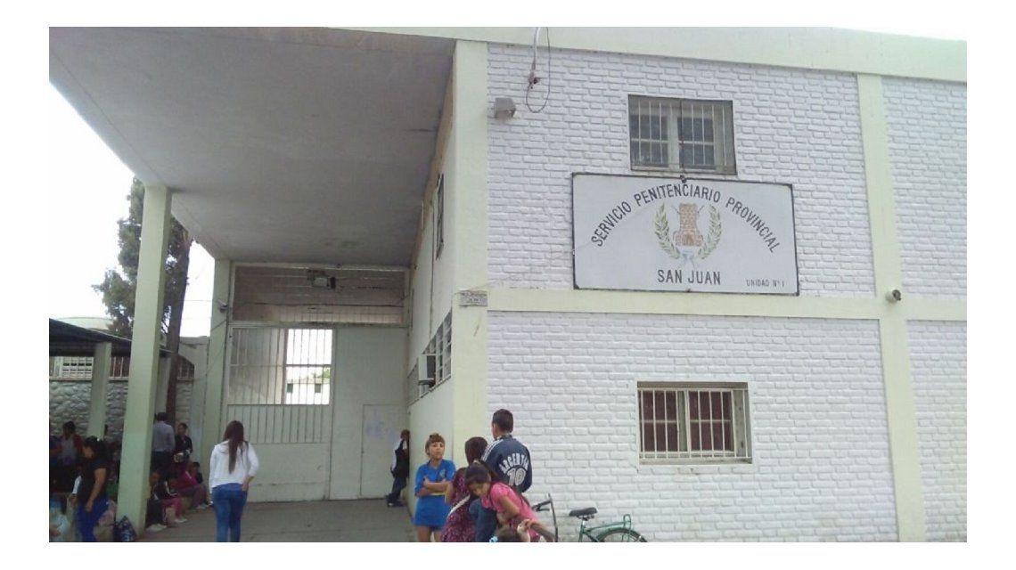 Ocultó drogas en las partes íntimas de su hija para ingresarlas a una cárcel