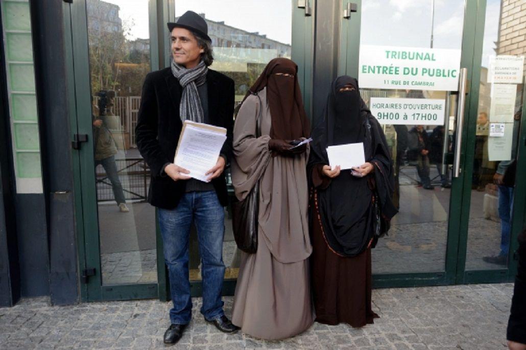Millonario francés paga las multas de las mujeres sancionadas por usar burkinis