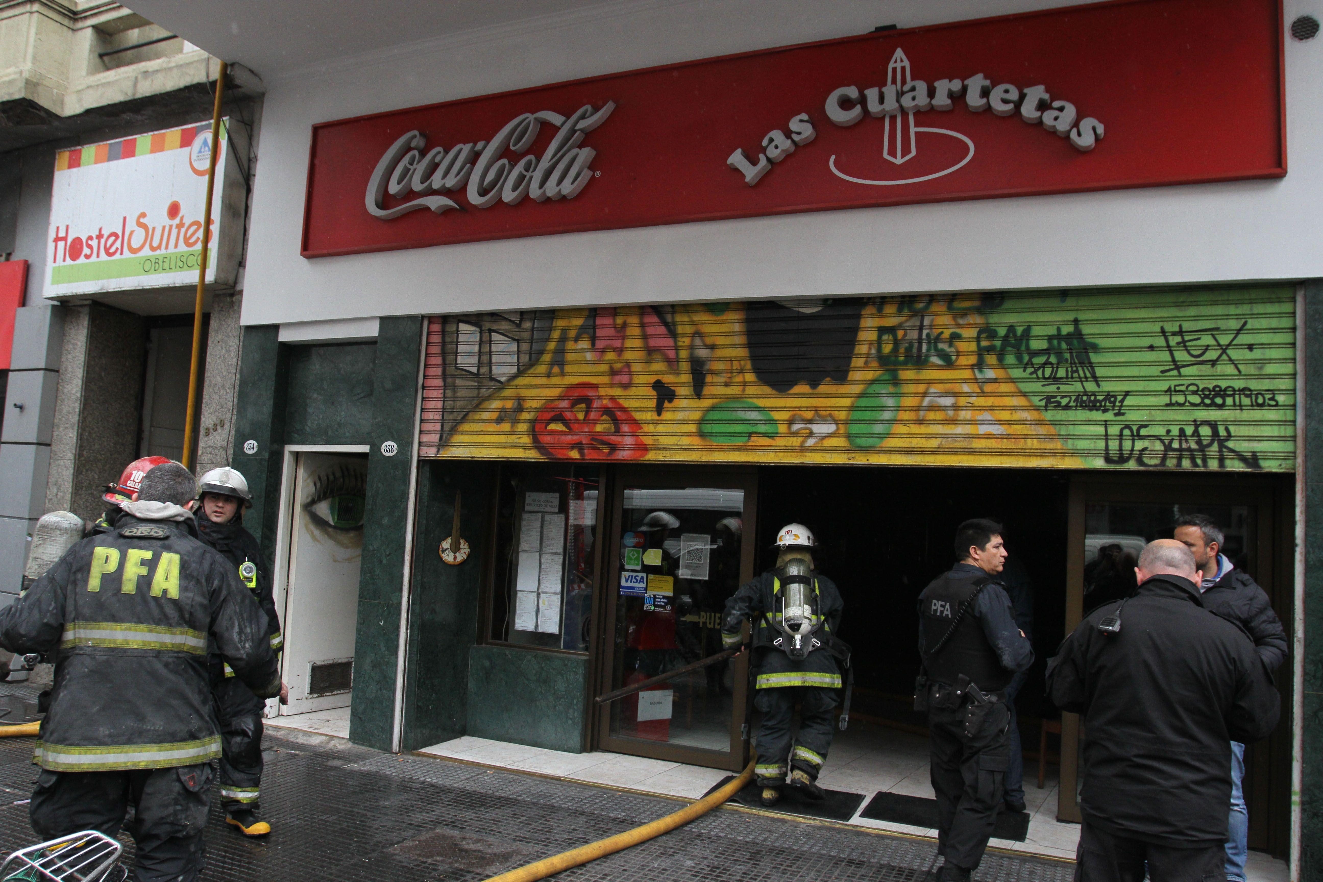 Incendio en la tradicional pizzería del microcentro porteño Las Cuartetas