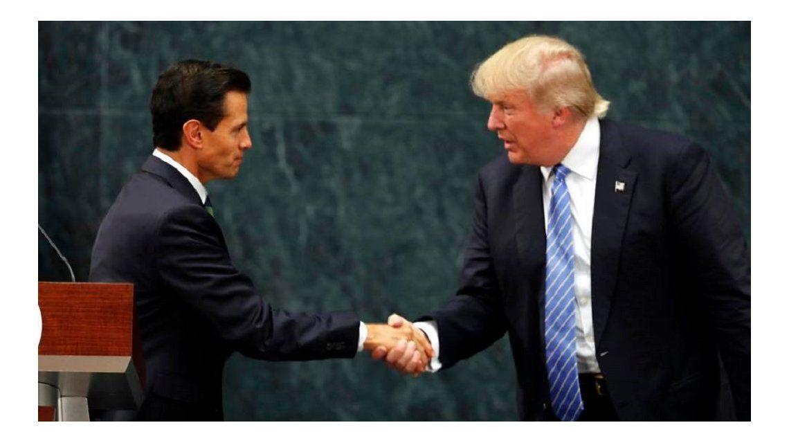 Trump anticipa que, de ganar, México le construirá el muro  y dice que Estados Unidos tiene derecho a seleccionar sus inmigrantes