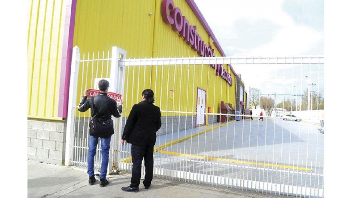 Clausuraron el supermercado Hipertehuelche por falta de higiene