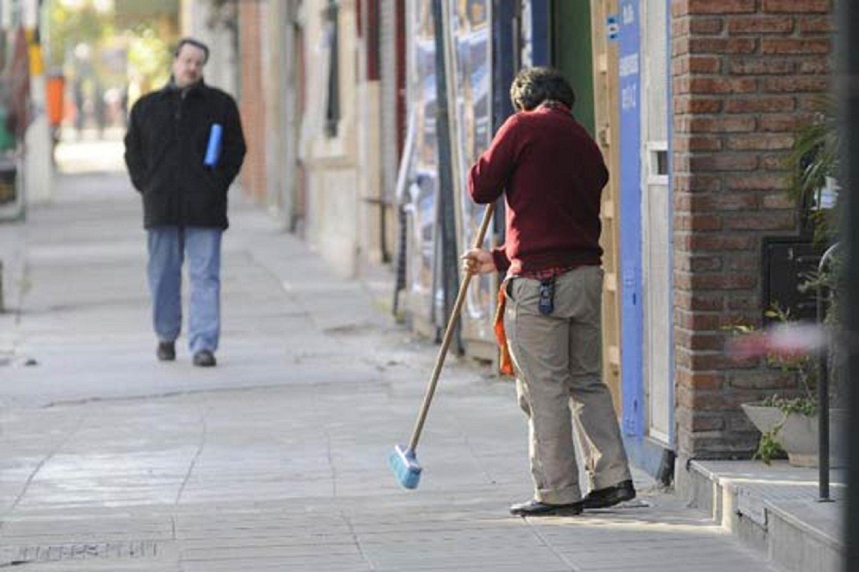 Detienen a un portero de un edificio de Belgrano por abusar de una postulante a un empleo