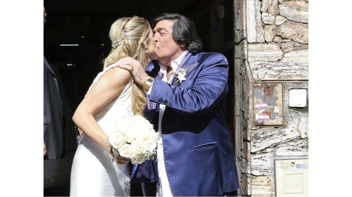 VIDEO: se casó Cacho Castaña con Marina Rosenthal