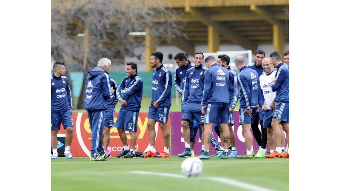 Un jugador de la Selección se identifica con Kirchner y critica a Macri