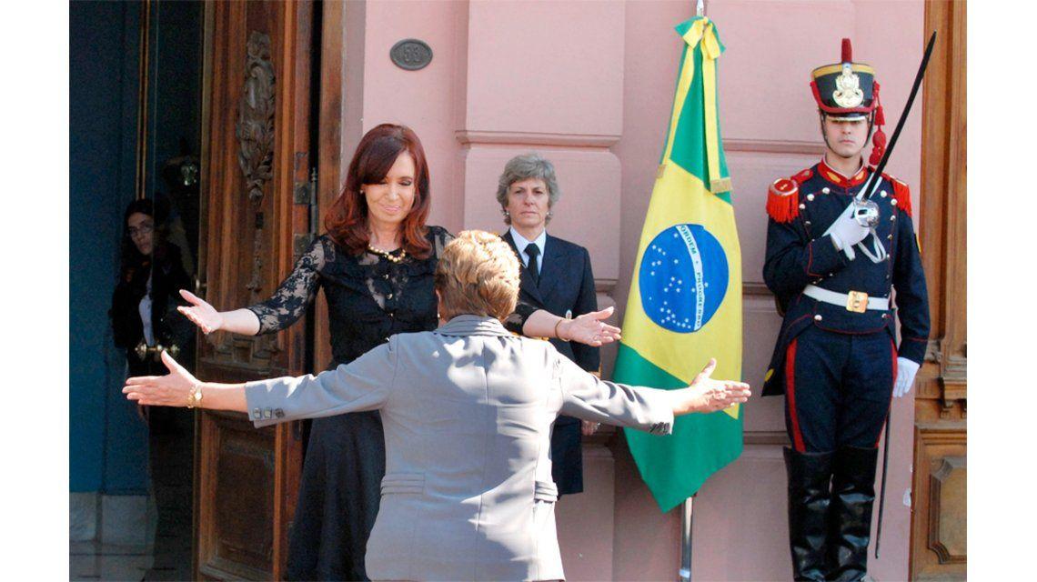 Cristina sobre la destitución de Dilma: Se consumó un golpe institucional