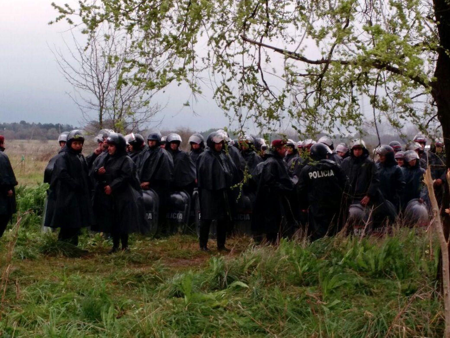 La Policía bonaerense desalojó el predio tomado de Moreno