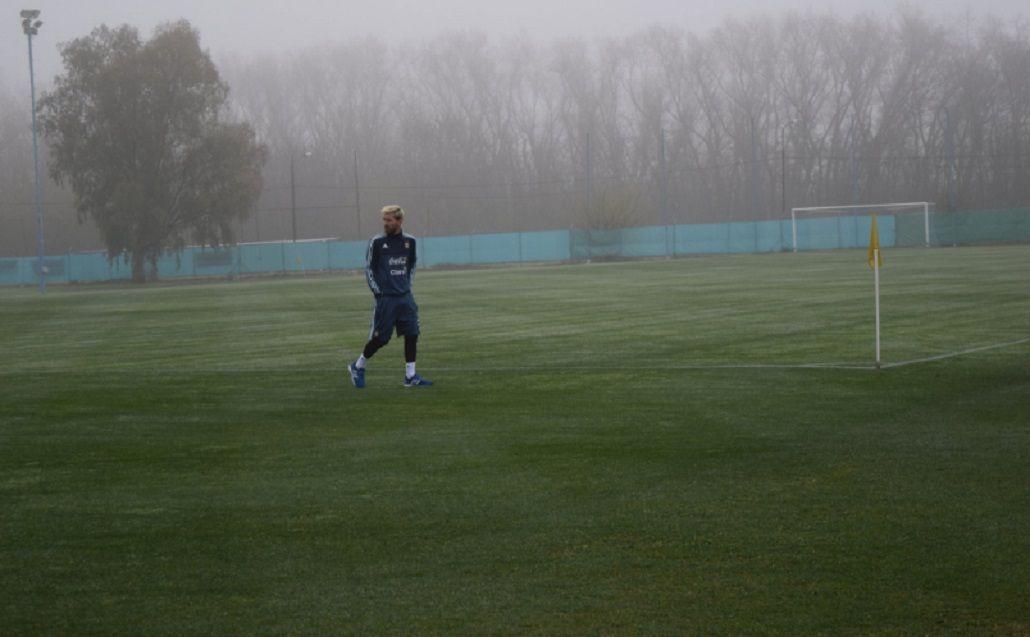 Lionel Messi ya se entrena en Ezeiza con la Selección argentina