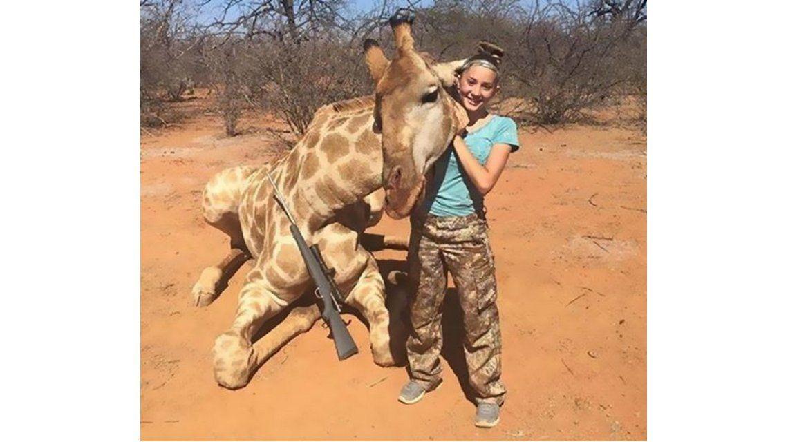 Aryanna Gourdin, la nena que escandaliza a Estados Unidos: caza animales con sólo 12 años
