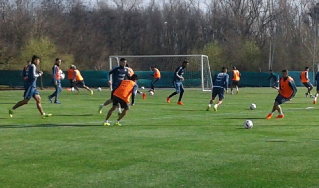 Bauza repitió equipo y se perfilan los once para recibir a Uruguay