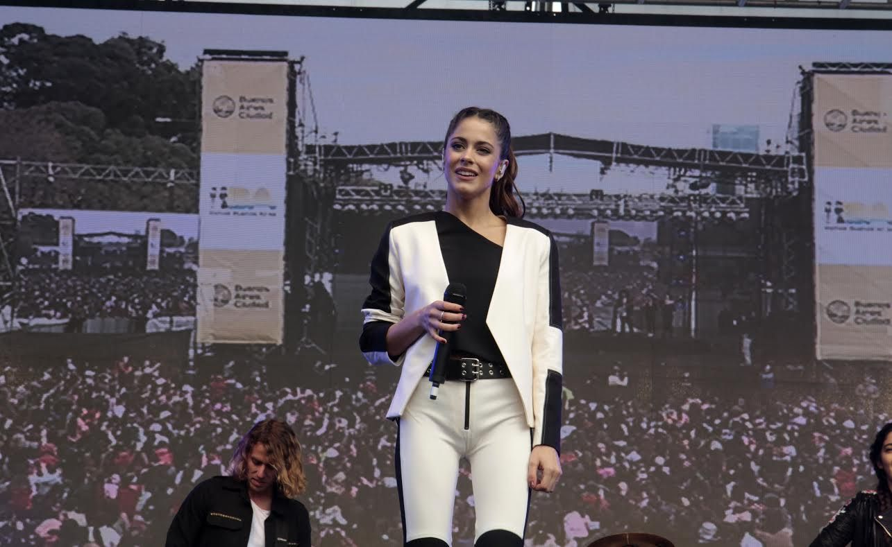 Tini Stoessel brindó un show en la Villa 31 ante 15 mil personas: Fue una bendición