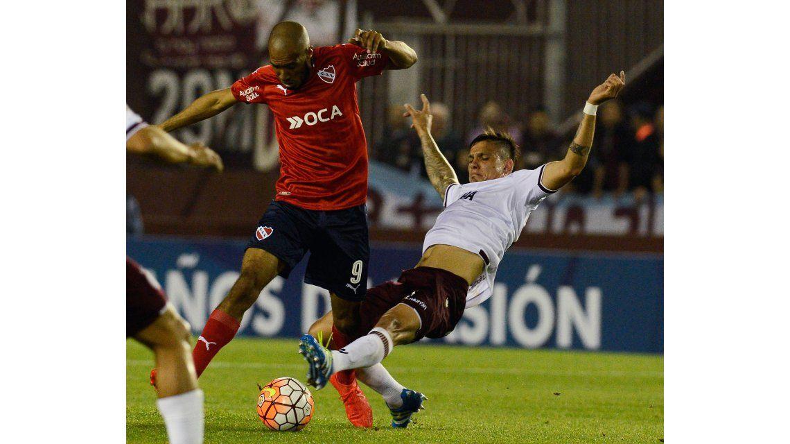 Independiente dio el golpe y venció a Lanús en la ida de la Sudamericana