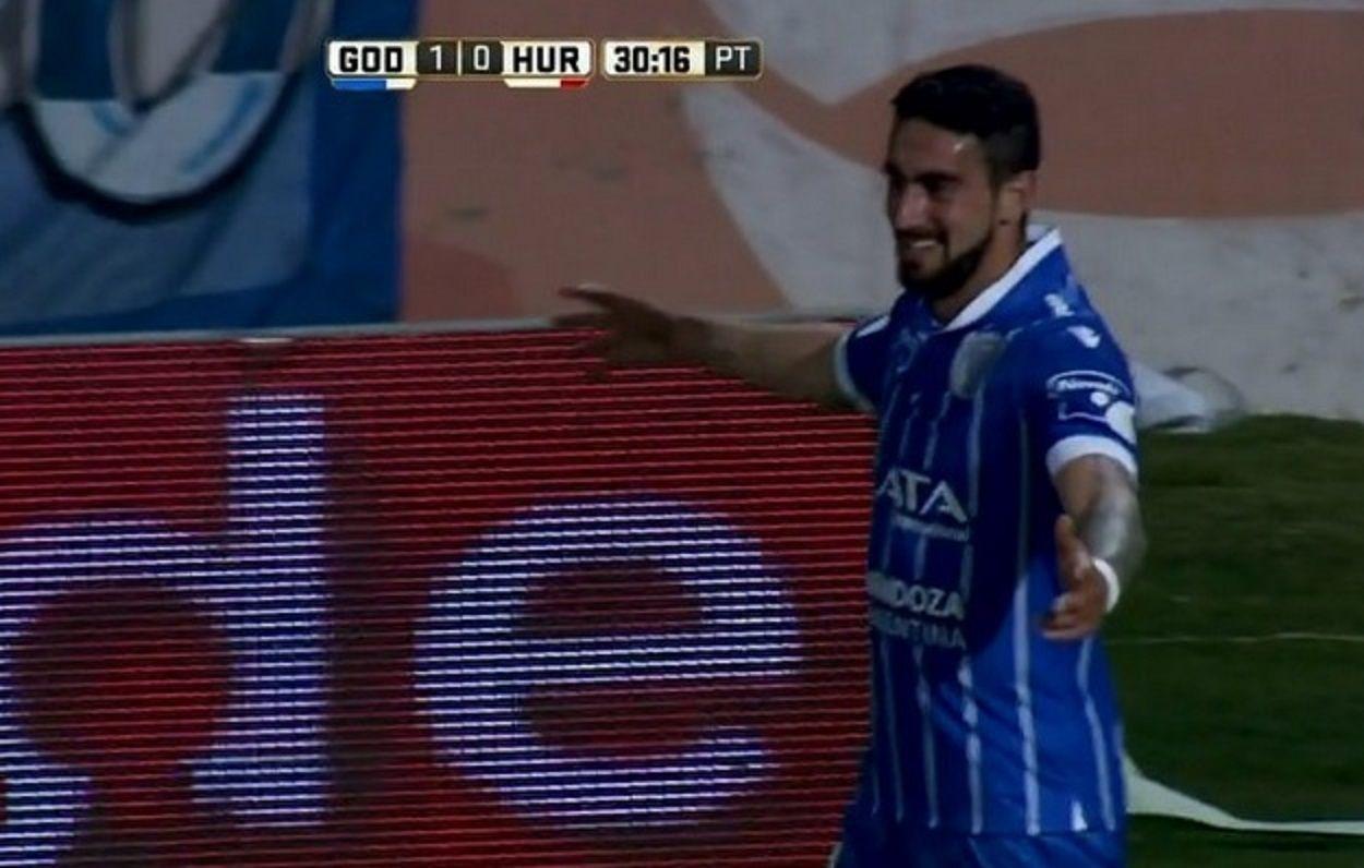 Con gol de Sigales, Godoy Cruz comenzó el torneo con triunfo ante Huracán
