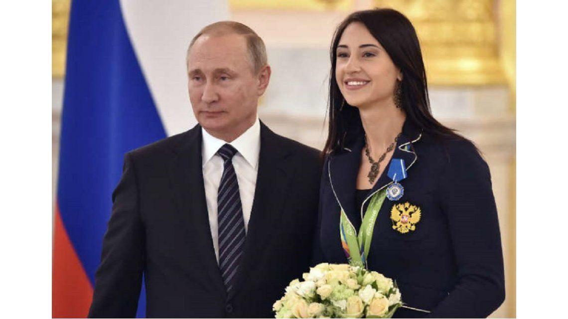 Vladimir Putin le regaló un BMW a todos los atletas que consiguieron medalla en Río