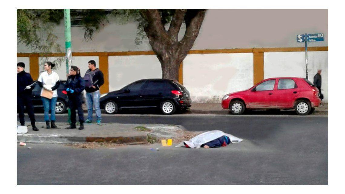 Otra misteriosa muerte en La Plata: ejecutan a un menor por la espalda