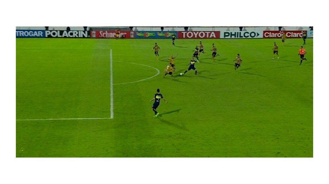 Había posición adelantada en el gol de Pavón a Santamarina