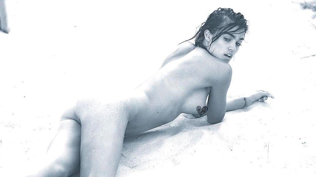 El desnudo súper hot de la ex amigovia de Mariano Martínez