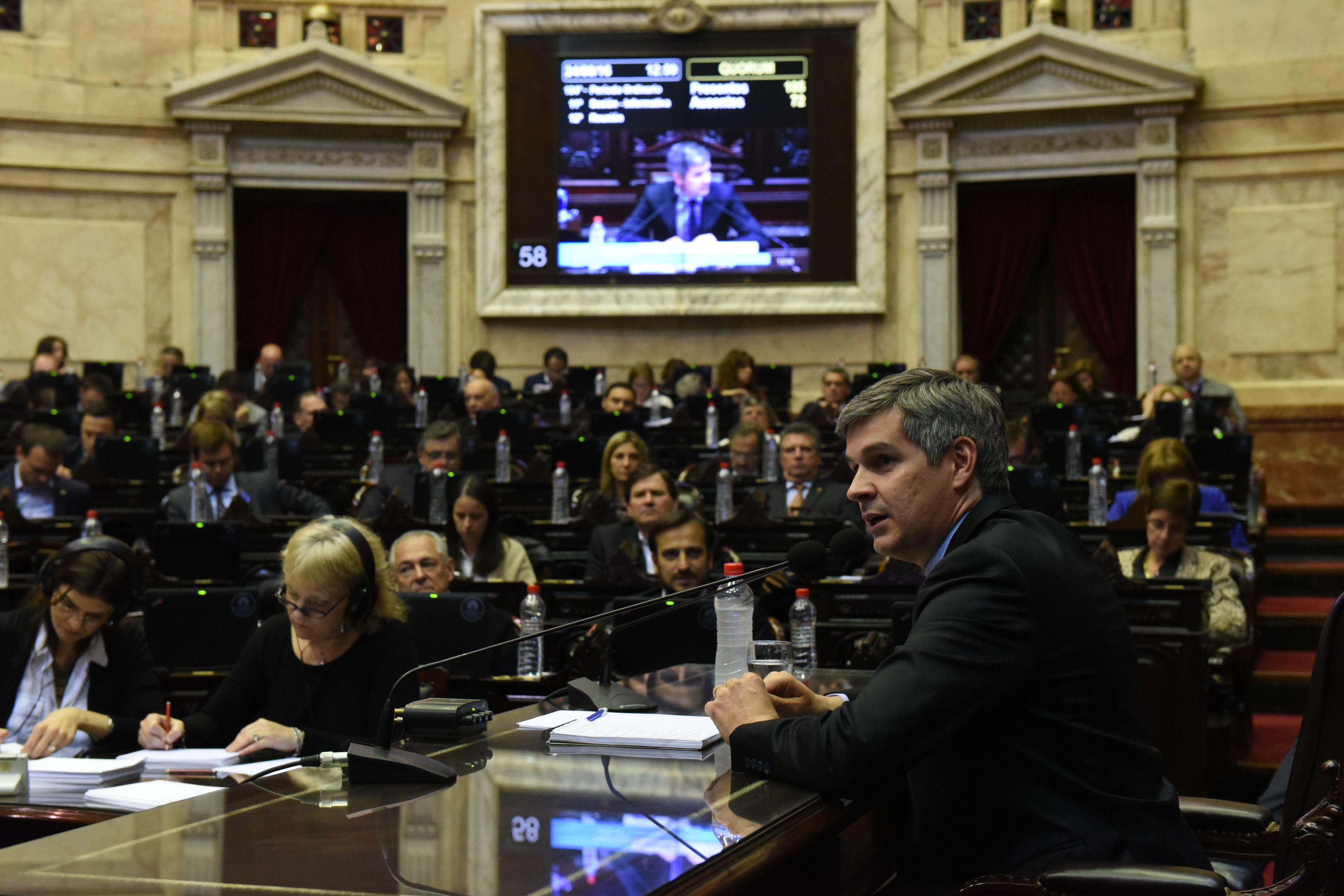 Peña confirmó que el Gobierno introducirá modificaciones al tarifazo en el gas