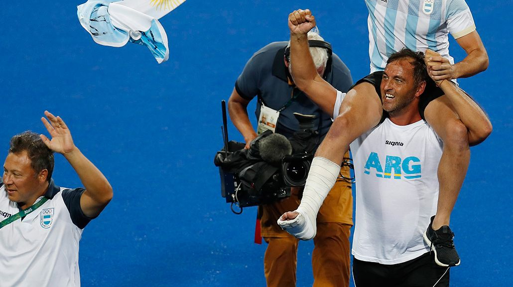 Chapa Retegui le contestó a los que le dijeron ñoqui: Hice 500 clínicas de hockey social en la Argentina