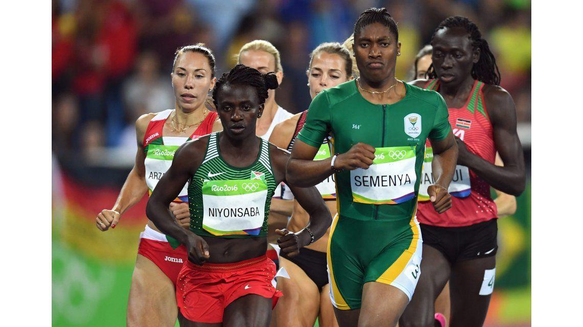 La atleta con aspecto de hombre ganó la medalla de oro y reavivó la polémica