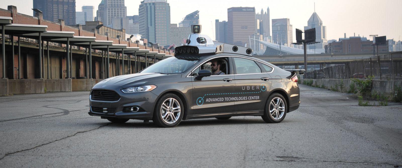Uber comienza a utilizar vehículos autónomos