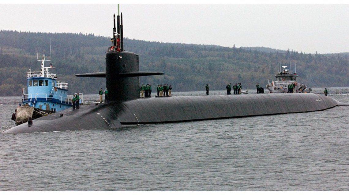 Susto en el mar: un submarino nuclear chocó con un barco en el Pacífico