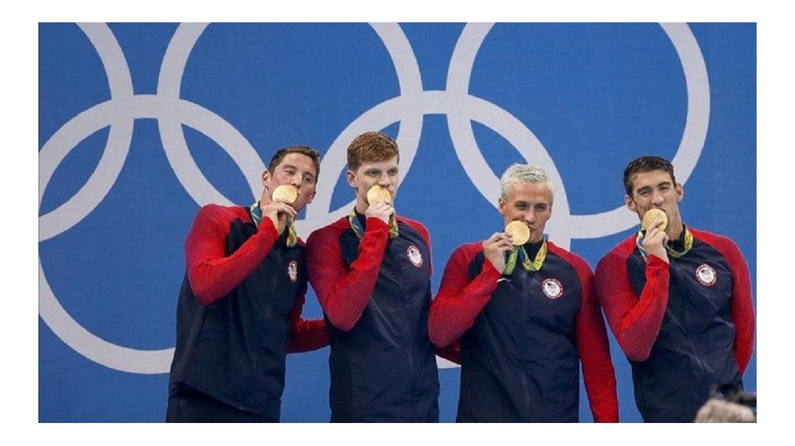 Asaltan a punta de pistola a cuatro nadadores estadounidenses en Río