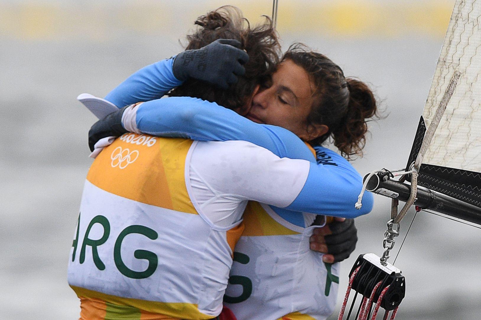 Heroico: Santiago Lange y Cecilia Carranza ganaron la medalla de oro en Vela en Río 2016