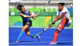 Las Leonas golearon a India y clasificaron a cuartos de final