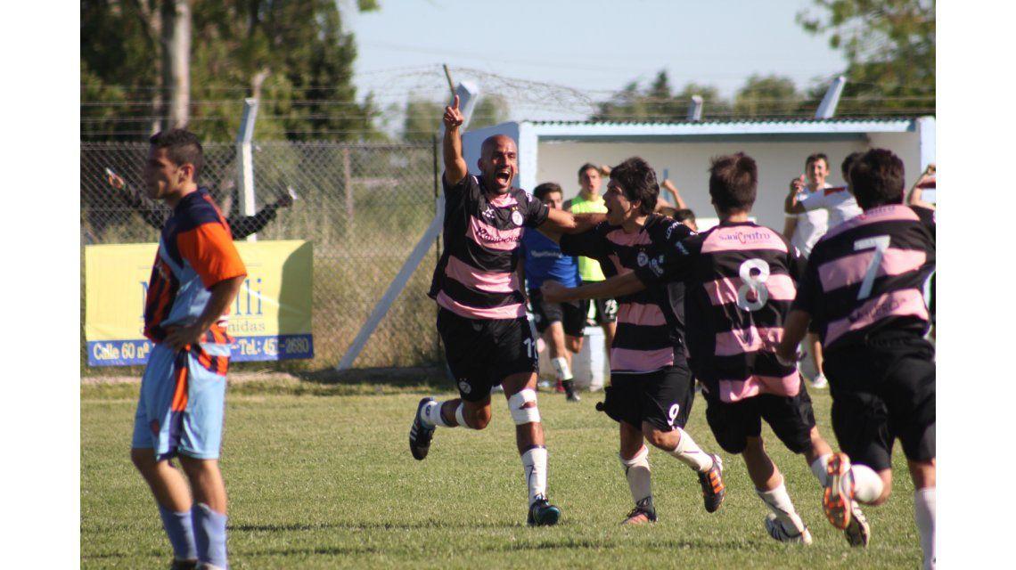 Juan Sebastián Verón volverá a jugar al fútbol en un equipo de La Plata