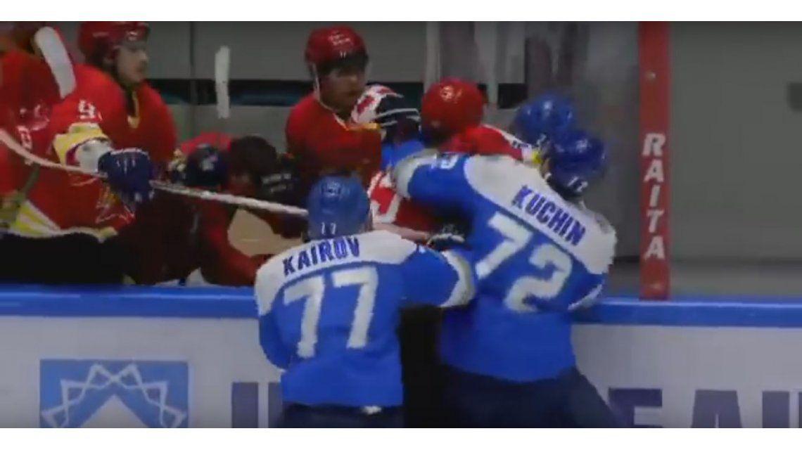 VIDEO: Se enojó y fue a pegarle uno a uno a los jugadores del equipo rival