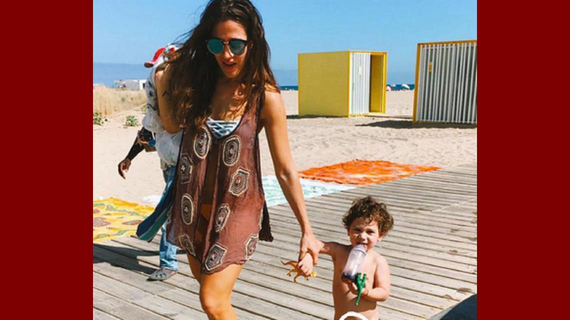 Jimena Barón, divertida en Barcelona con su hijo: ¡mirá los alocados videos de su viaje!