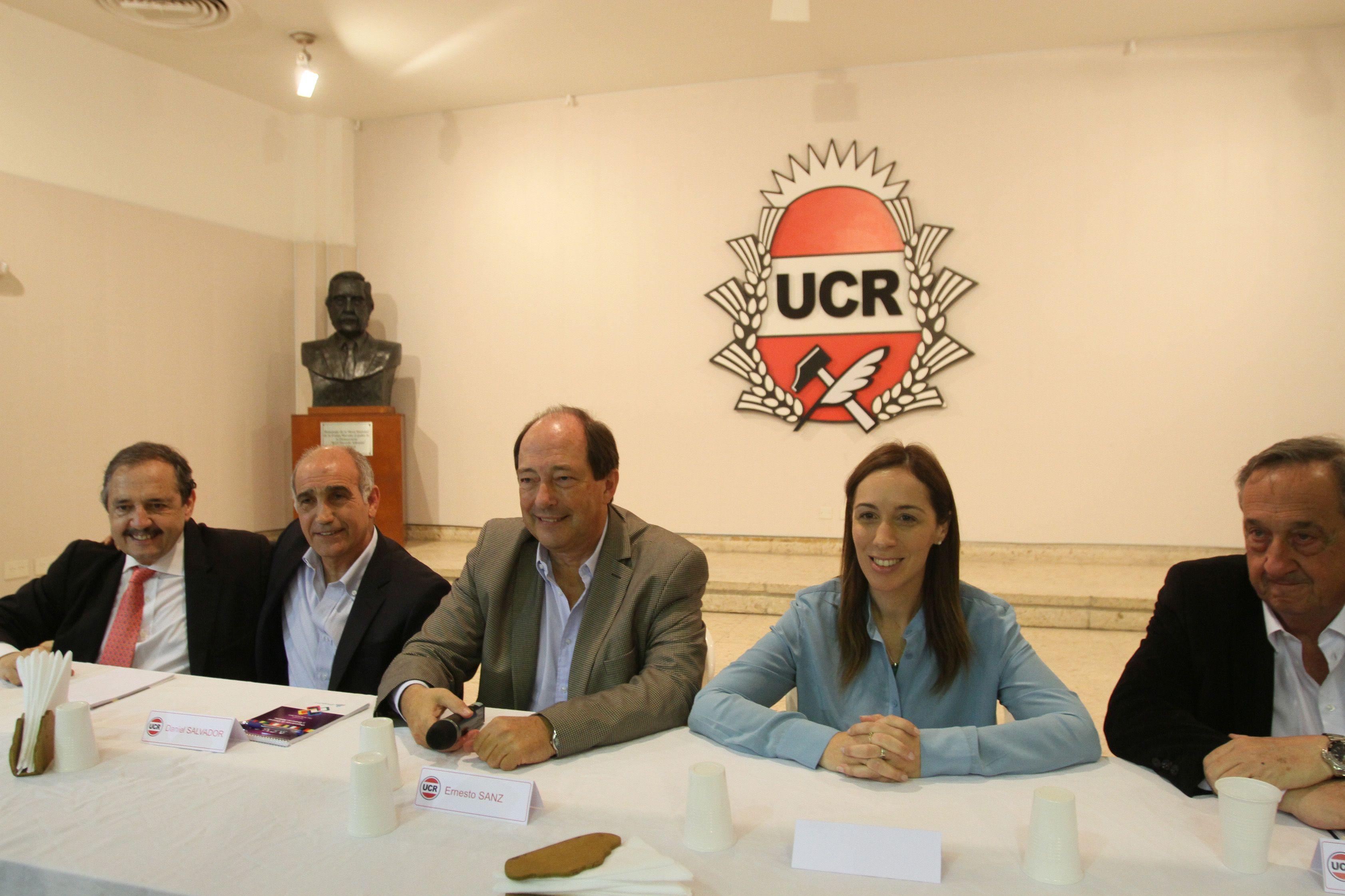 Vidal intenta calmar el estallido radical en Buenos Aires y la UCR sella alianza con el PRO en Santa Fe