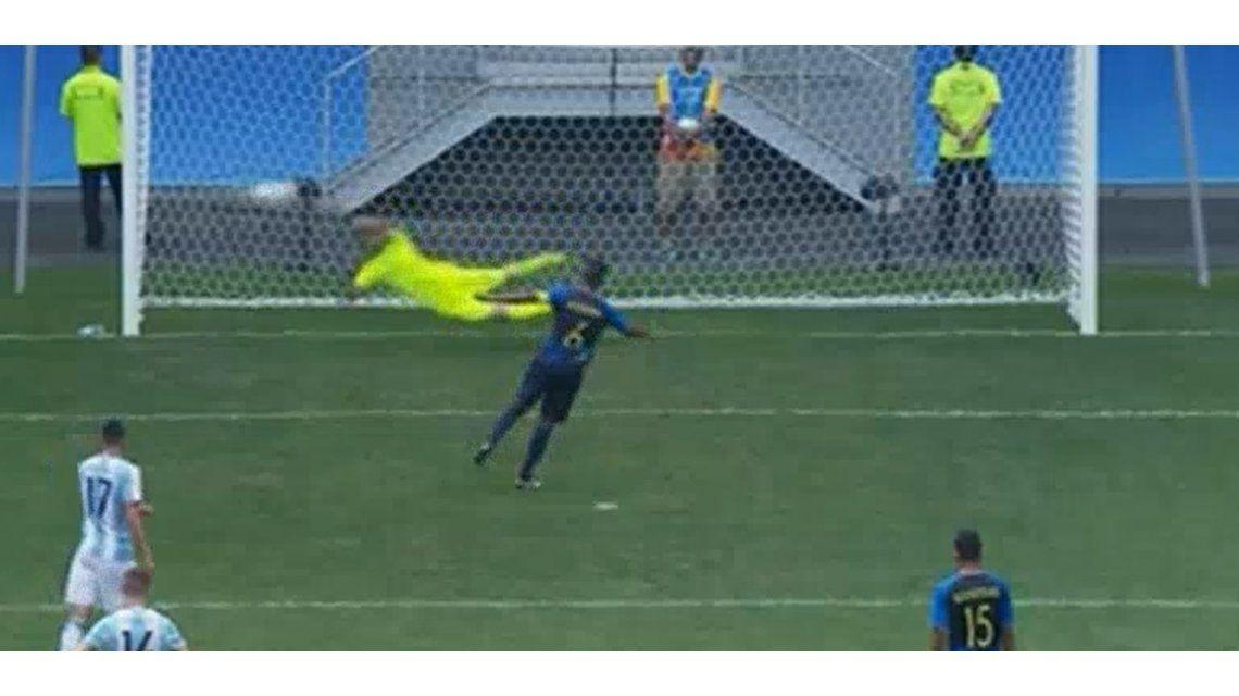 Lo hizo y lo salvó: Rulli le da vida a la Selección ante Honduras