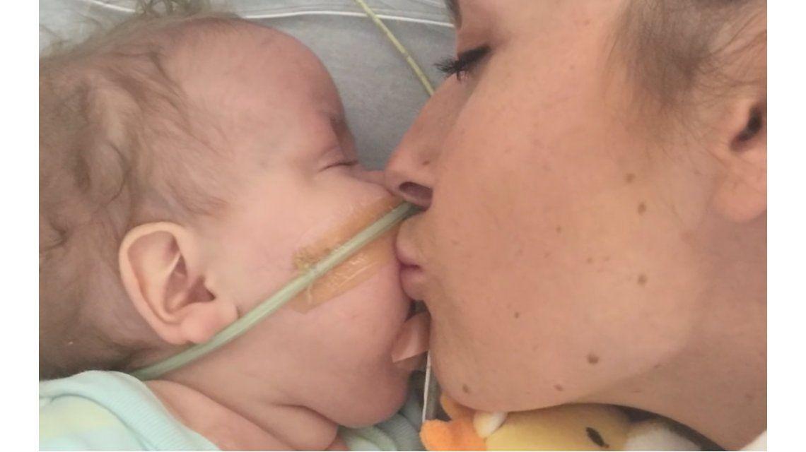 Una mamá perdió a su bebé y decidió donar su leche a otros chicos internados