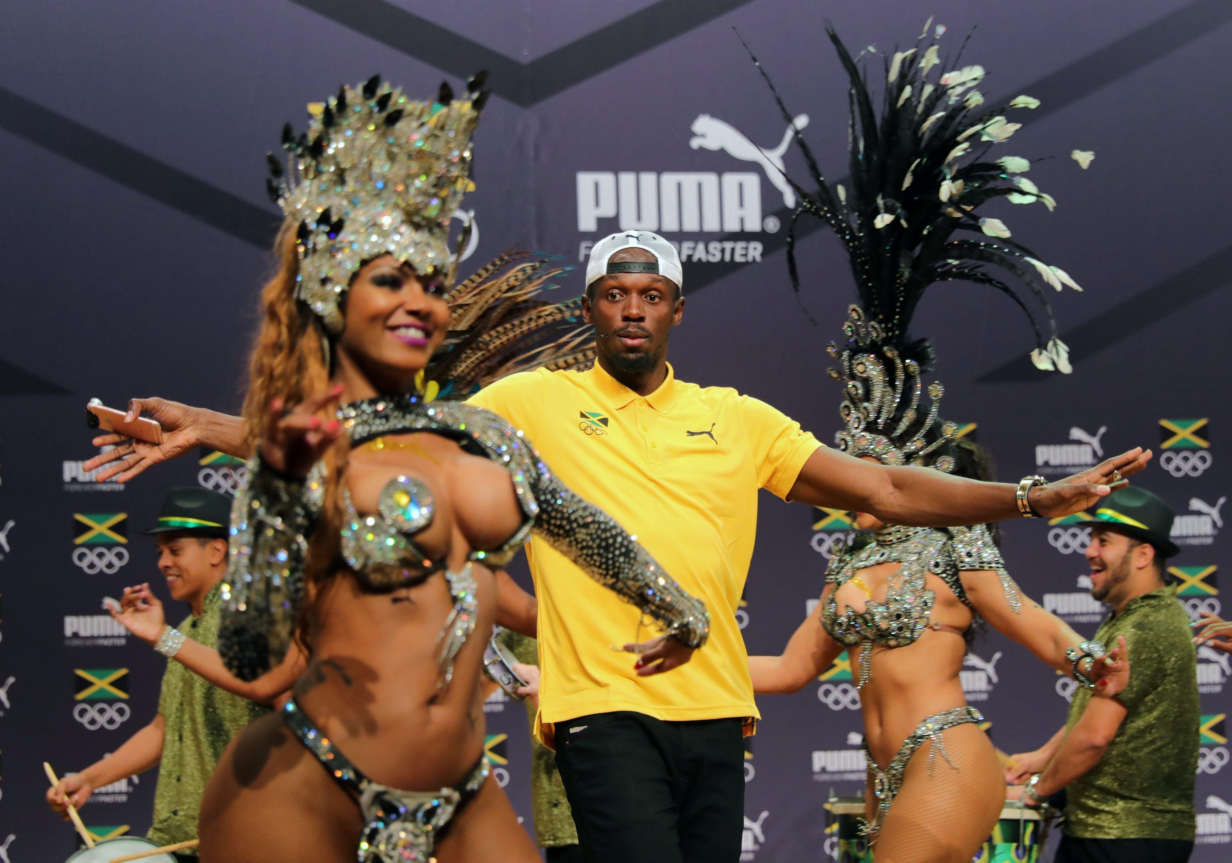 Hace lo que quiere: así se divierte Usain Bolt en Río de Janeiro