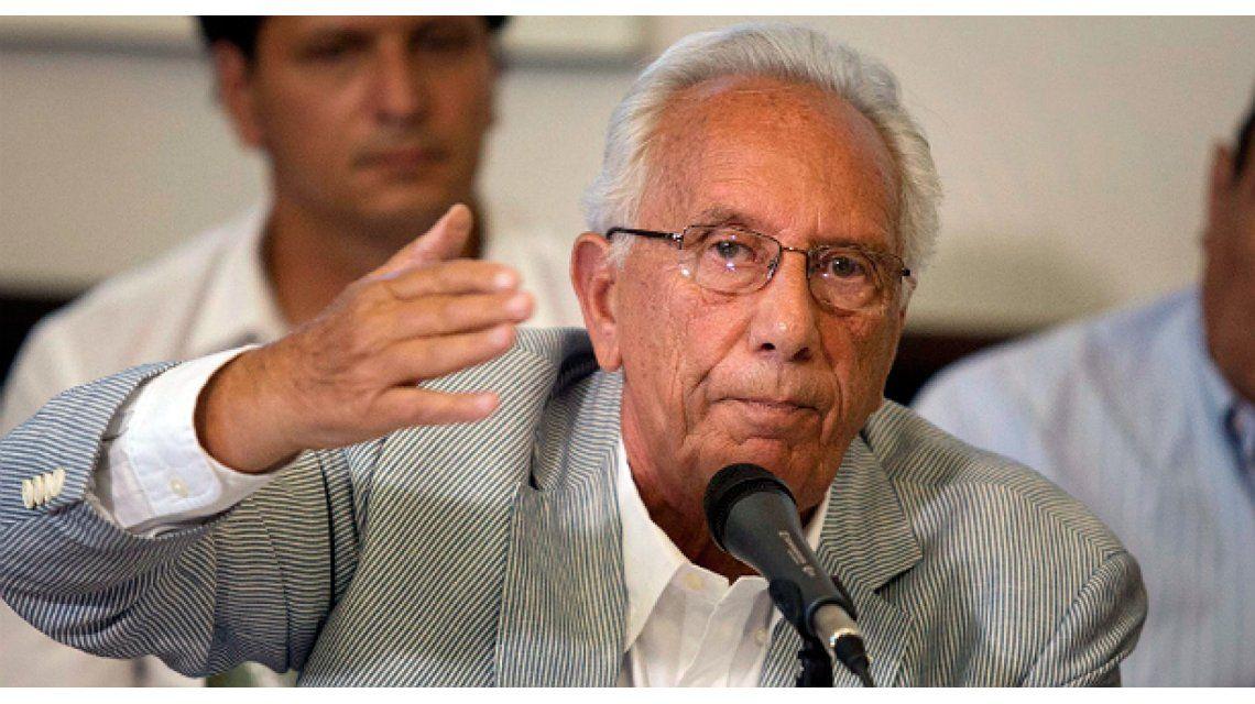 Recalde contra Aranguren: Cree que puede hacer ensayo y error con la necesidad de la gente