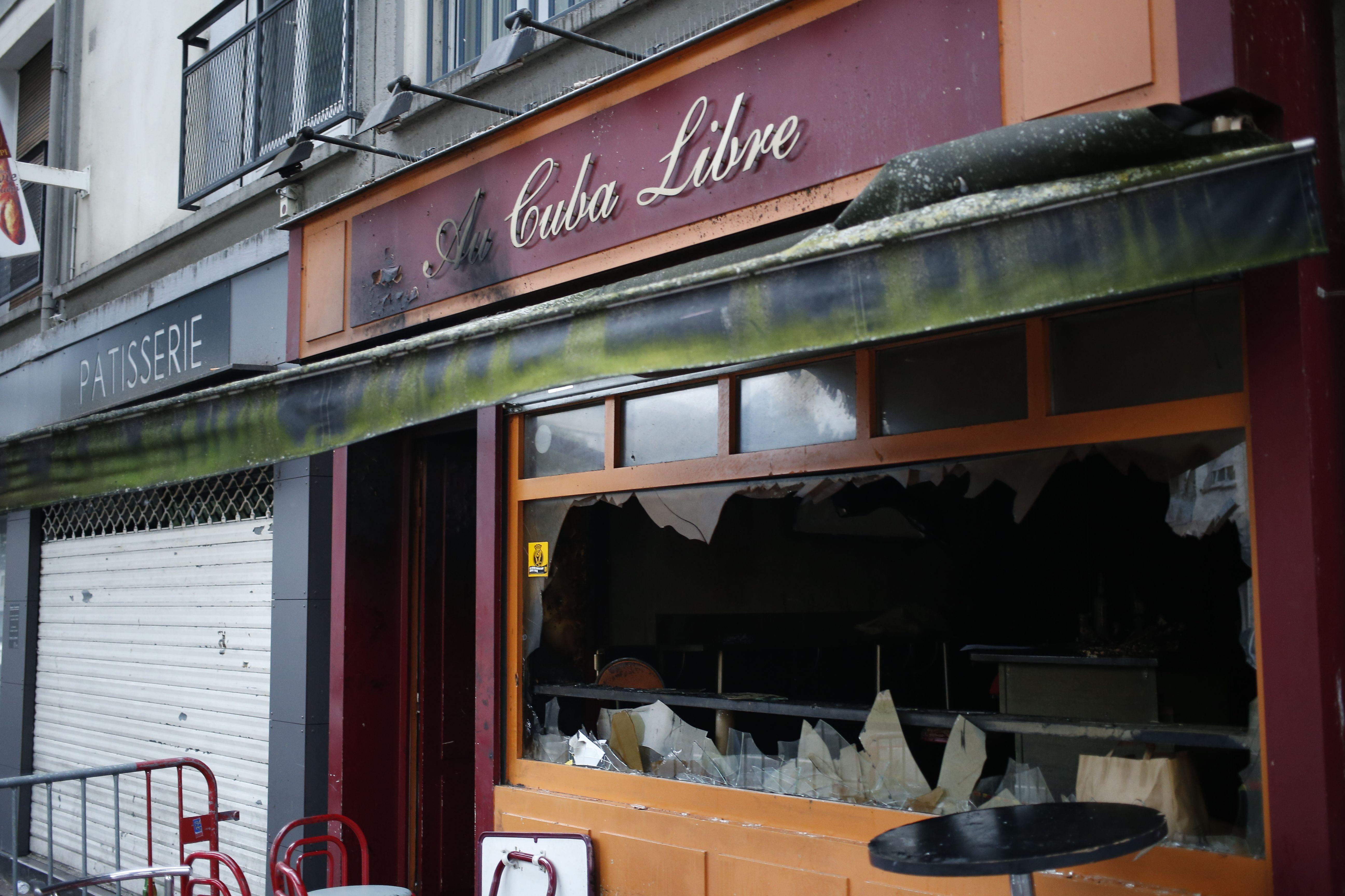 Voraz incendio en un bar de Francia deja 13 muertos y 6 heridos