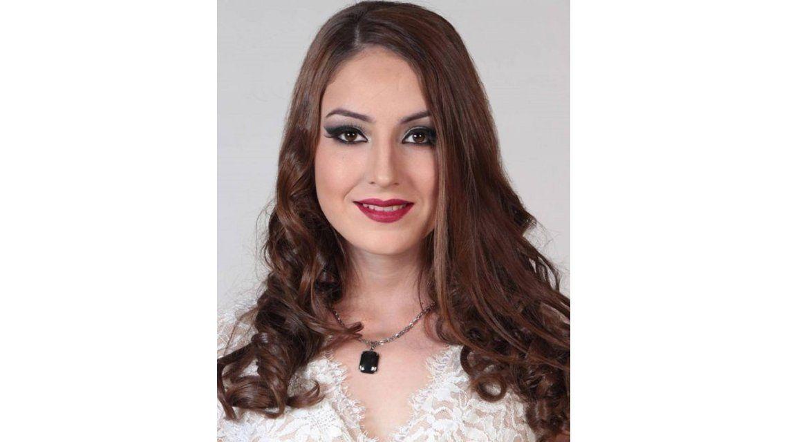 Una gendarme formoseña concursa para ser Miss Mundo