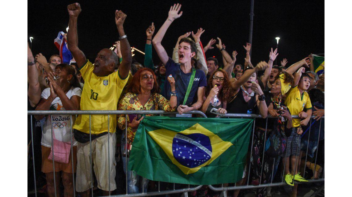 Explotó el Maracaná con el desfile de Brasil en la inauguración de Rio 2016