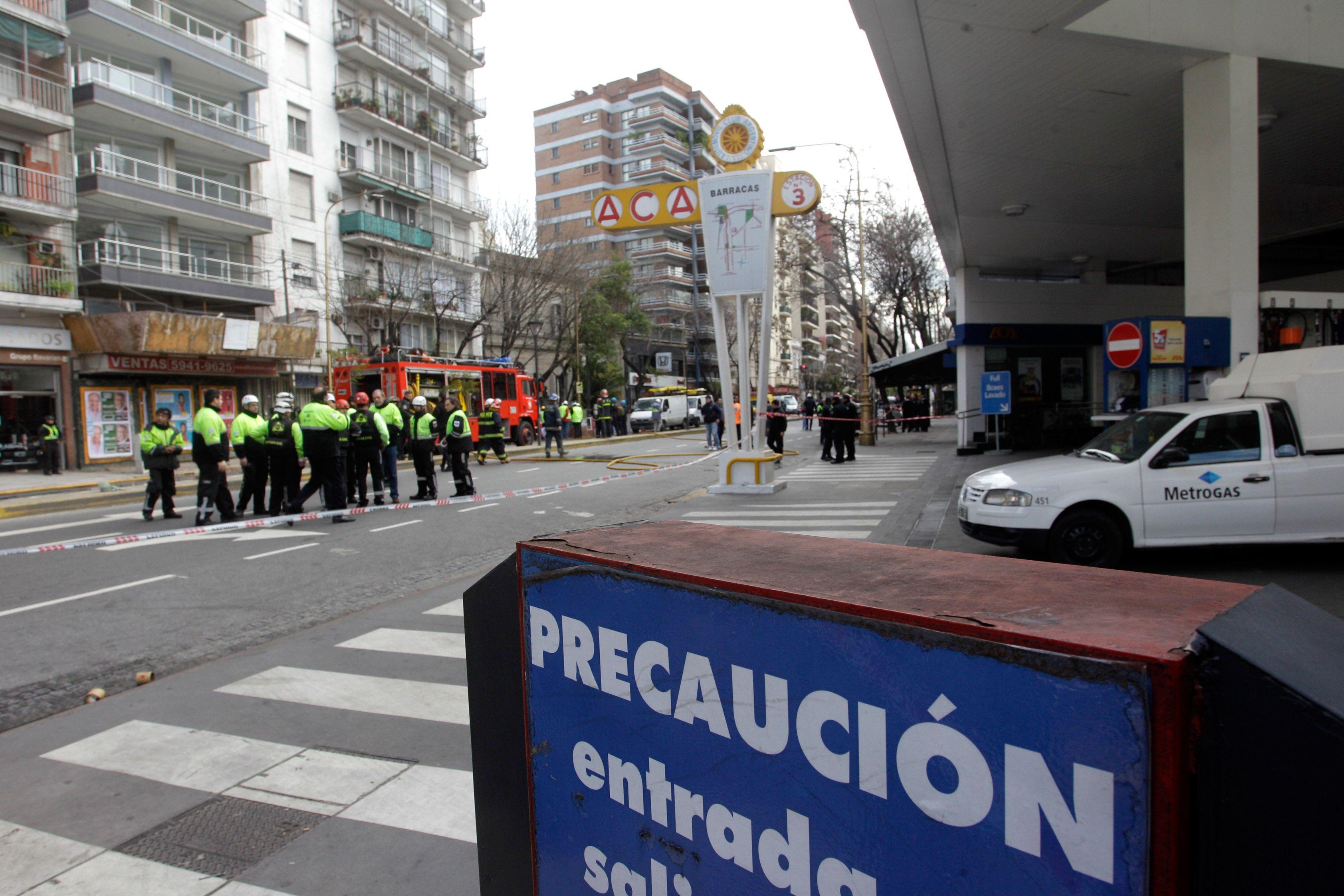 Metrogas dio detalles del escape en Barracas: los operarios se intoxicaron en un trabajo de rutina