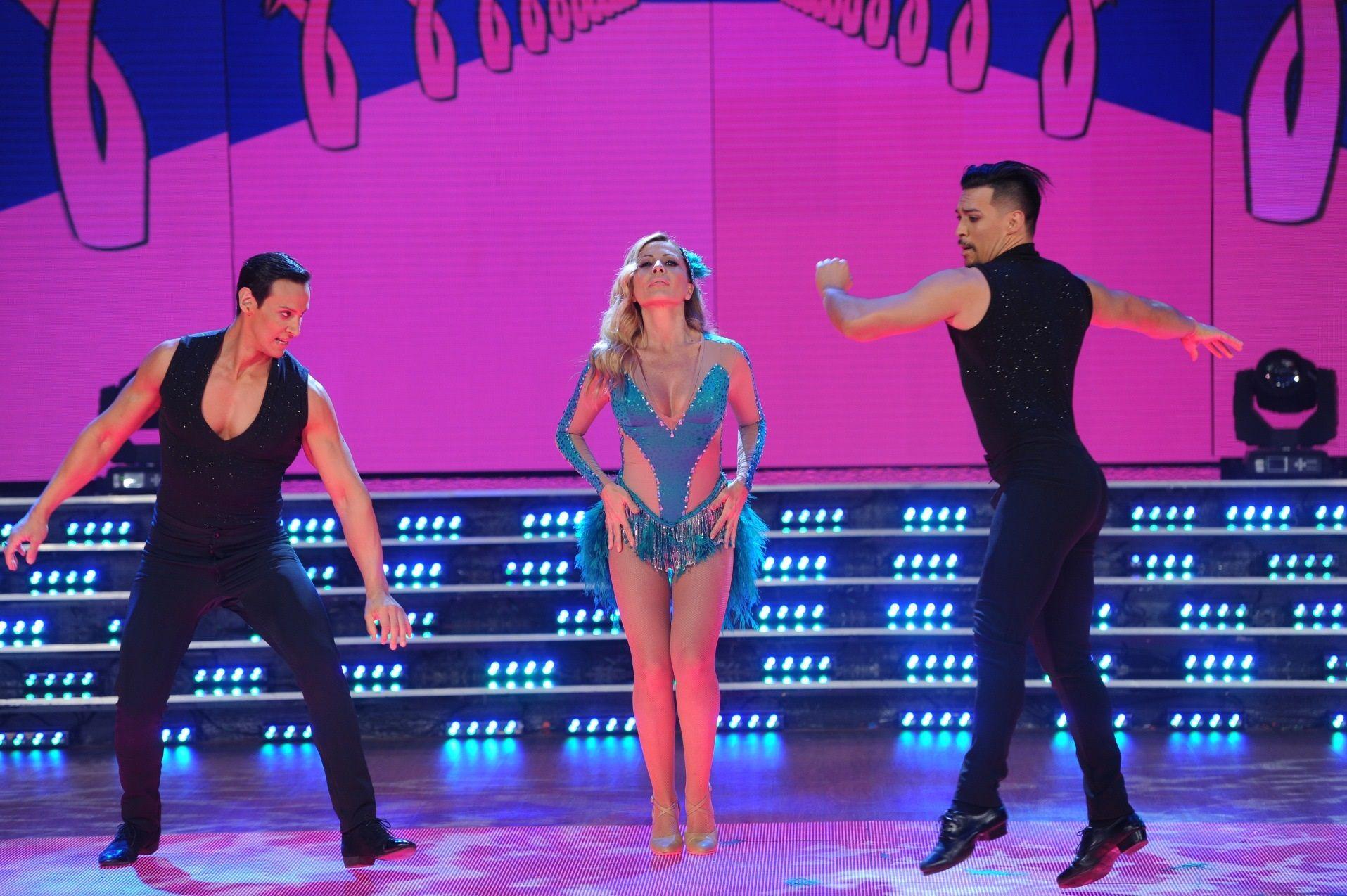 Marta Sánchez bailó la salsa de tres con Jorge Moliniers