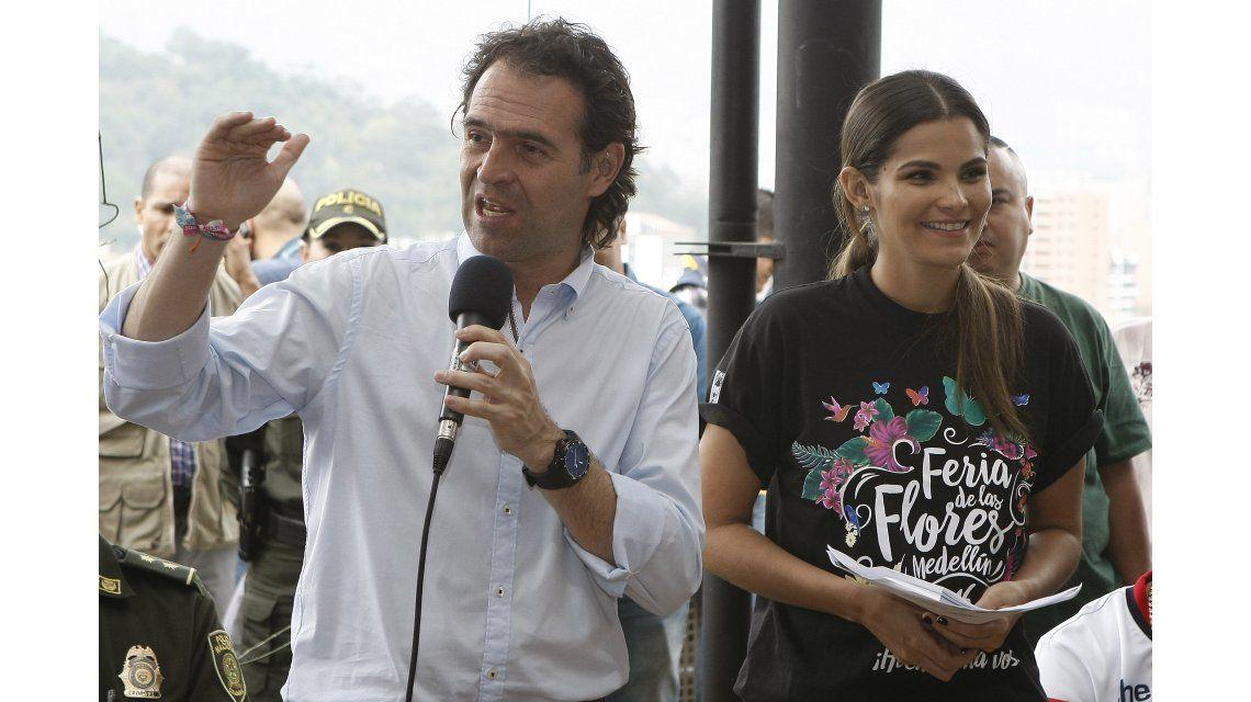 Escuchá el duro reto del alcalde de Medellín a un reguetonero que tenía una remera de Pablo Escobar