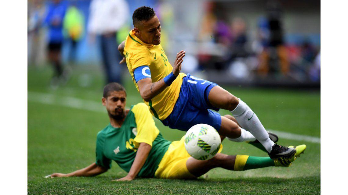 Brasil defraudó y sólo empató ante Sudáfrica en su debut en Río 2016