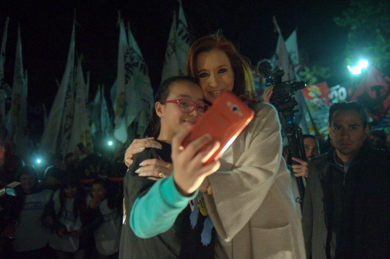 Cristina: Los jóvenes hacen las cosas mejor que muchos dirigentes