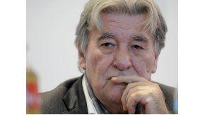 Armando Pérez reconoció que no  piensa dejar el cargo por más que se lo pida Mauricio  Macri.