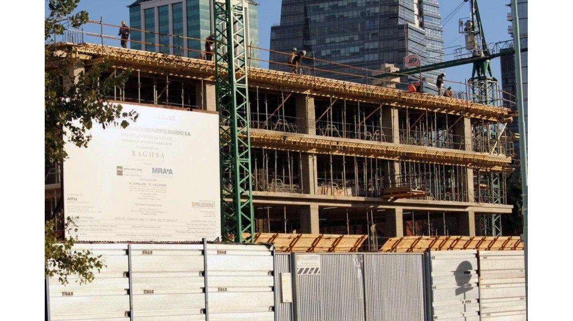 La industria y la construcción confirman que se profundiza la recesión
